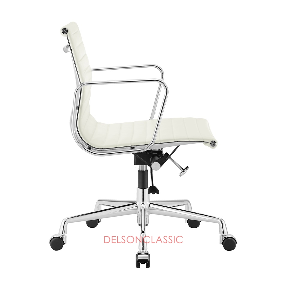 Charles Eames Aluminum Group Executive Chair White Leather DS384