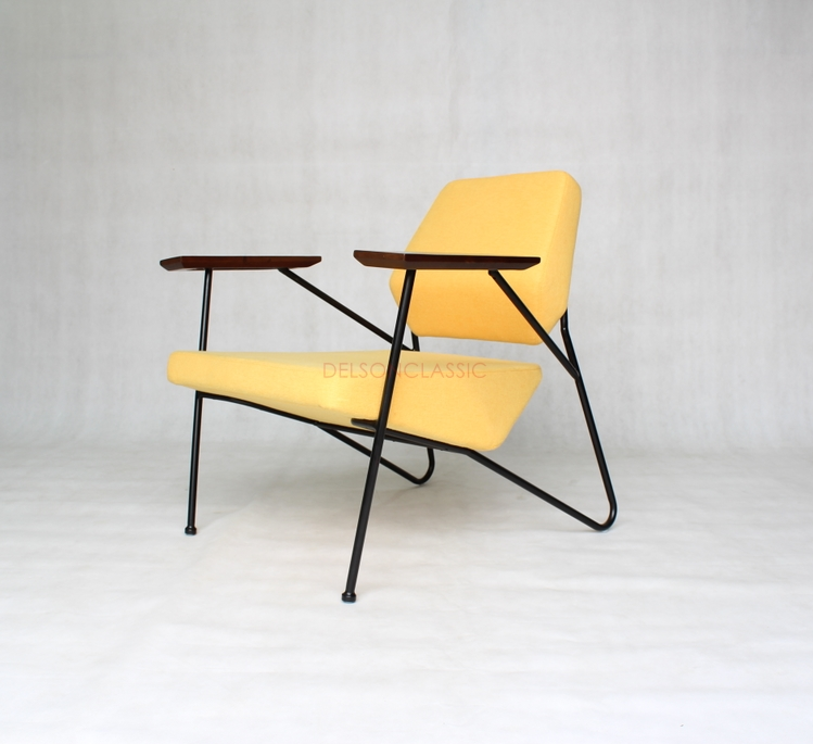 Polygon Chair DS224