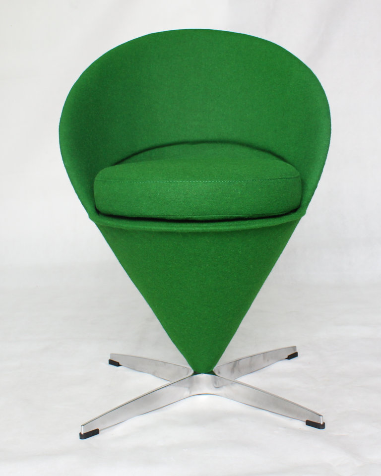 Verner Panton Cone Chair DS220